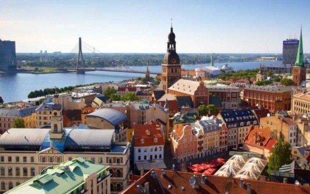 В Латвии арестовали слишком любопытного россиянина