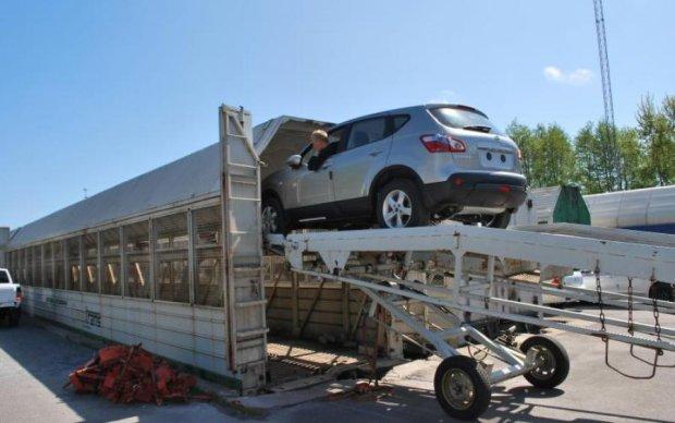 Євробляхи стали недоступними: нові штрафи обібрали водіїв до нитки