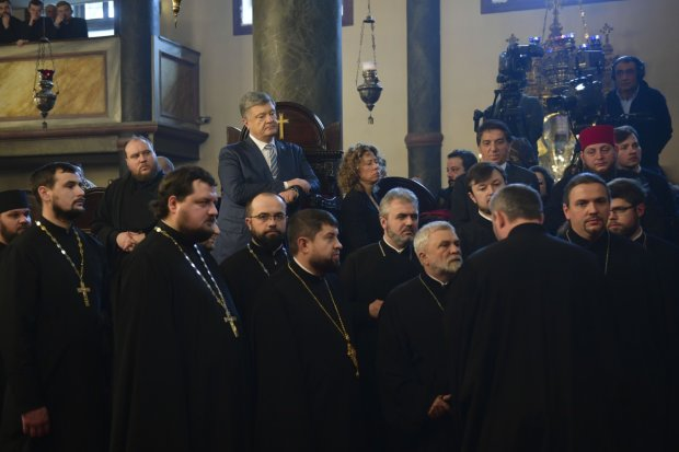 На юге Украины начался массовый переход в Единую церковь