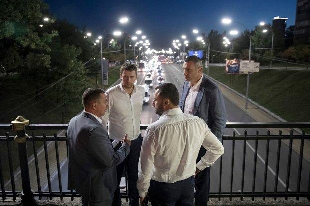 """На фонарях и ярмарках команда Кличко """"отмыла"""" 30 миллионов: еще больше - на ремонтах школ и земельных вопросах"""