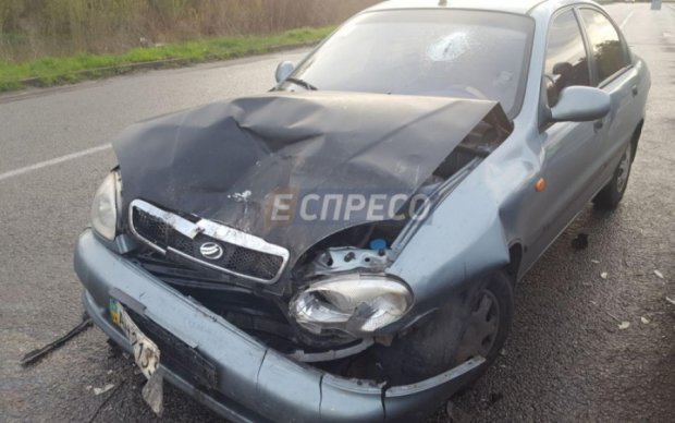 Одразу чотири авто паралізували один з в'їздів до Києва