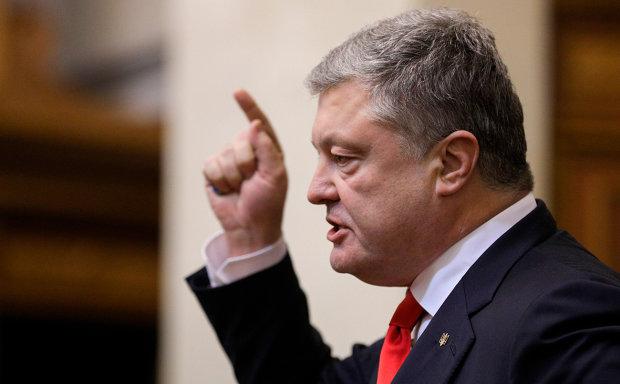 Порошенко назвал главных врагов Украины: не только Путин
