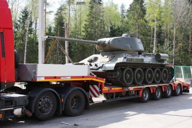 До Білорусі намагалися на причепі провезти танк