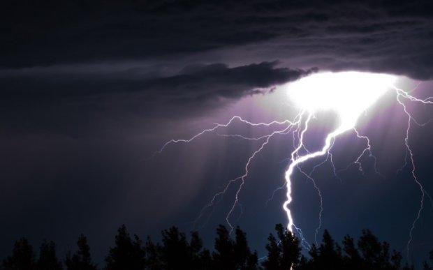 Тайну разгадали спустя 2 тысячи лет: как в древности повелевали молниями