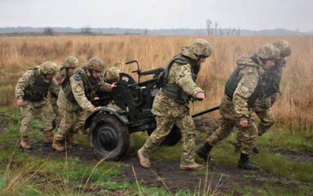 На Донбасі знову гаряче, є загиблі і поранені
