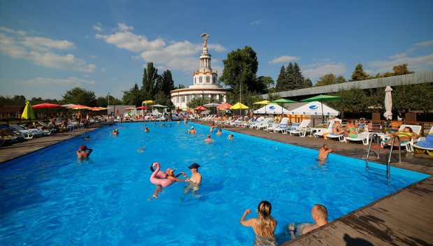 Де влітку відпочити у Києві: топ-5 кращих розваг для сім'ї на ВДНГ
