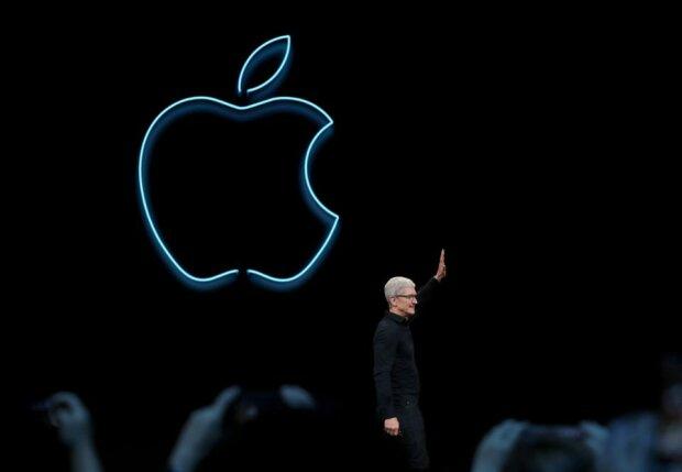 """Apple отримала жорстке покарання від України за """"російський Крим"""": """"Ваш біль нікого не хвилює"""""""