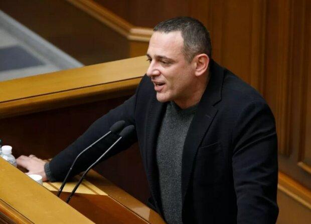 """Бужанський розгромив закон Бородянського про ЗМІ: """" Накинути нашийник і посадити на ланцюг"""""""