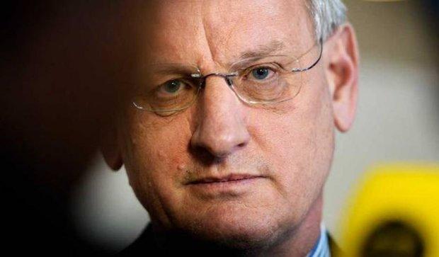 Карл Більдт закликає ввести до України миротворчий контингент