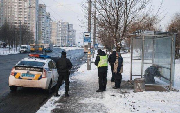 Зупинка смерті: у Києві раптово помер чоловік