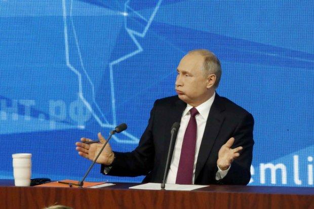 Путин пофлиртовал с юной журналисткой и предложил тет-а-тет: потом обсудим