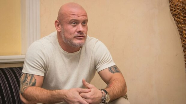Вячеслав Узелков, скриншот из видео