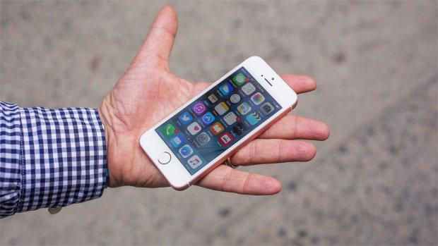 Какой iPhone стал самым популярным за всю историю Apple?