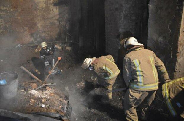 В Одесі вогонь охопив будівлю, де готували концерт на підтримку постраждалих при пожежі в коледжі