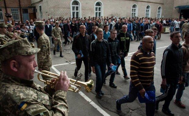 Обов'язковий призов до армії скасують: у Міноборони розкрили деталі