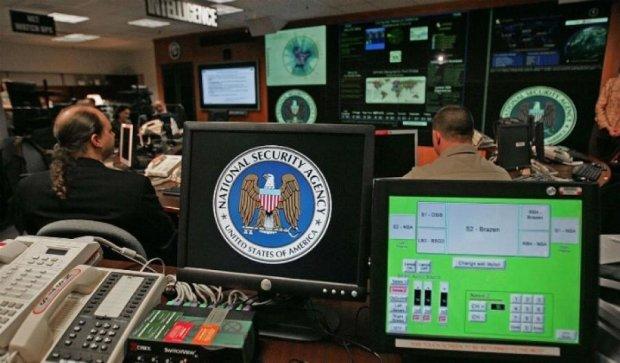 США прослушивала Меркель, Пан Ги Муна и Саркози - WikiLeaks