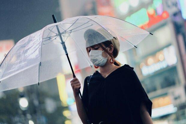 """Опасный вирус из Китая """"атакует"""" новые страны: кто в зоне риска"""