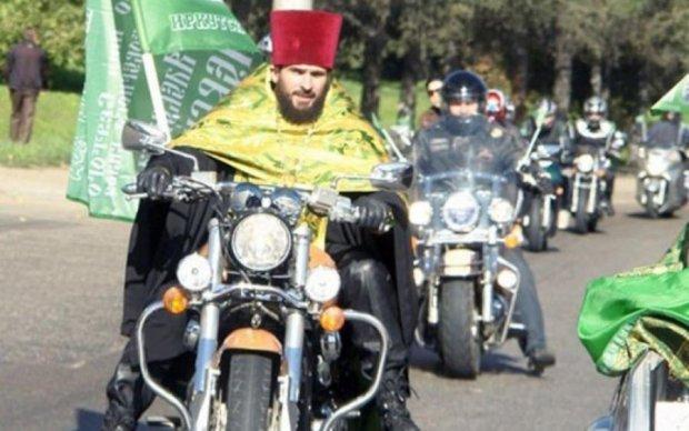 """Российские байкеры нашли в """"сердце родины"""" европейскую заразу"""