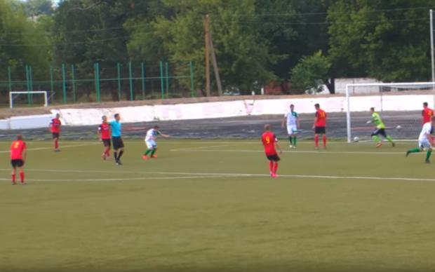 Воротар Металурга вдарив арбітра під час матчу Кубку України