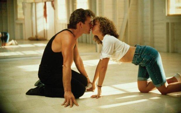 Брудні танці: у мережу злили відеозапис репетицій гарячих сцен