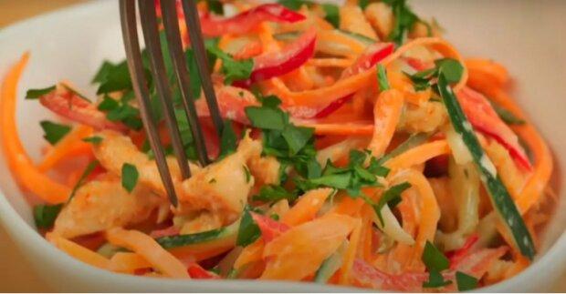 Новорічний салат, скріншот YouTube