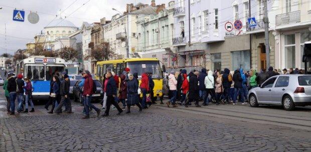 """Житомир """"дав прикурити"""" Києву: рейтинг міст з найбільшою свободою і можливостями"""