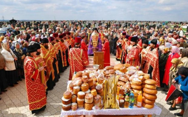 Радоница или Гробки 17 апреля: главные традиции и запреты христиан