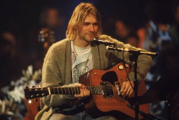 """Культовый трек Nirvana получил вторую жизнь: почему Smells Like Teen Spirit от Кобейна до сих пор """"качает"""" мир"""