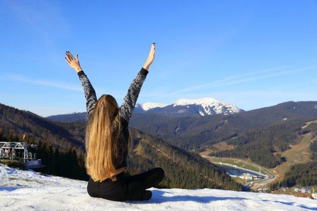 Одного разу в Карпатах: українець показав схід сонця у горах, мережа приголомшена красою