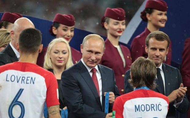 По-динамовски: звезда хорватского футбола не подал руку Путину