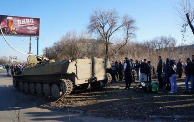 Бойовим машинам обмежать рух через трагедію у Костянтинівці