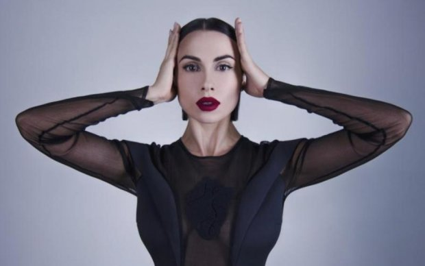 Горячая звезда NikitA украсила клип Пономарева
