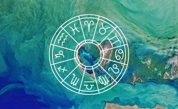 Гороскоп на 27 июня для всех знаков Зодиака: Водолеи повеселятся, Раки станут опасными