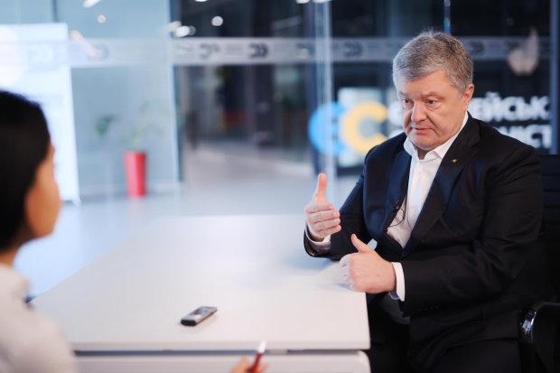 """Українці емоційно відреагували на втечу Порошенка: """"Очі б не бачили, краще не повертатися"""""""
