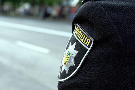 Під Франківськом в кущах знайшли понівечене тіло хлопця - не пережив зустрічі з вантажівкою