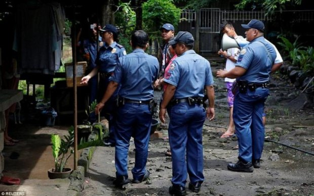 Борьба с наркомафией: на Филиппинах застрелили очередного мэра