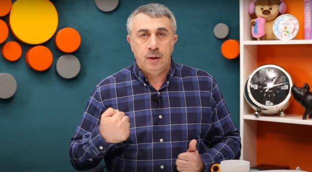 Скриншот к видео с канала Евгения Комаровского в YouTube