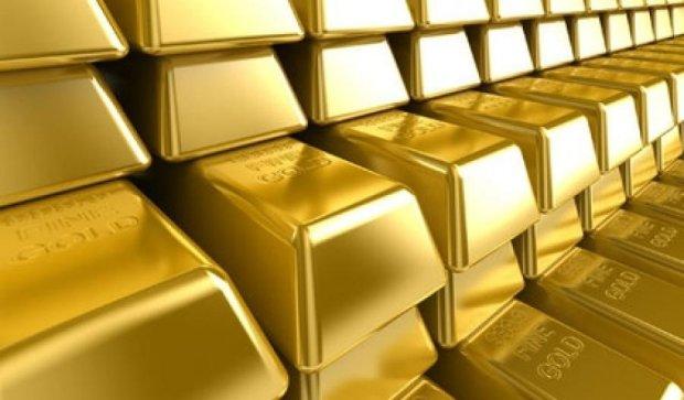 Вартість золота впала до п'ятирічного мінімуму
