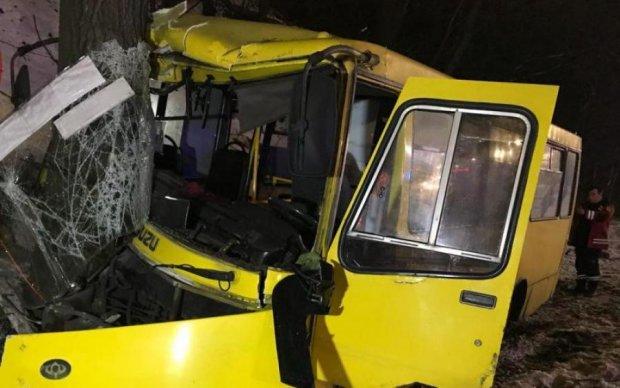Мотлох на колесах: жадібність маршрутників призвела до трагедії в Києві, багато постраждалих
