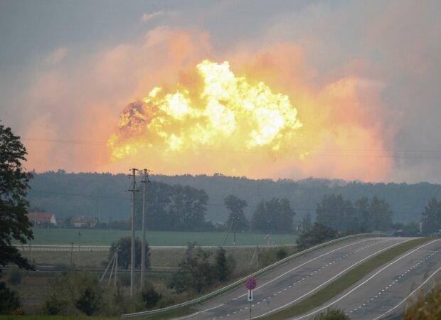 У Калинівку терміново мчить Генштаб Зеленського, ситуація загрозлива: 6 надпотужних вибухів