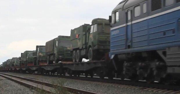 Китайські війська увійшли на територію Росії: піхота і важка техніка йдуть без зупинки