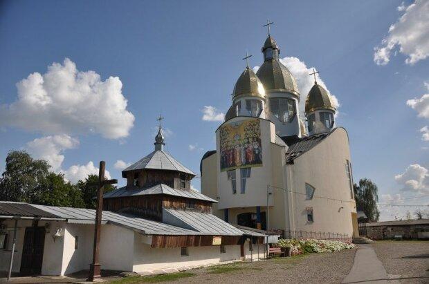 Не побоявся Бога: львів'янин залишив у церкві голі стіни, подробиці ганебного злочину