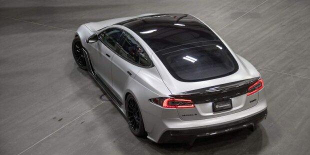 Tesla, carscoops