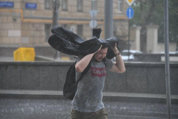 Погода во Львове на 30 июля: мощная стихия устроит украинцам игры на выживание