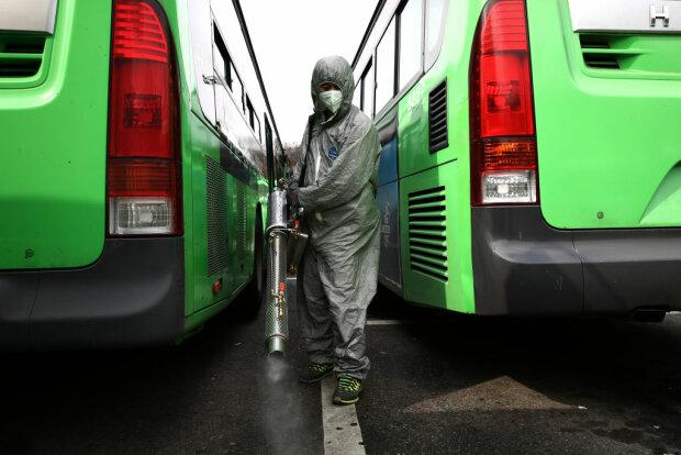 Дезінфекція автомобілів, фото - Getty Images