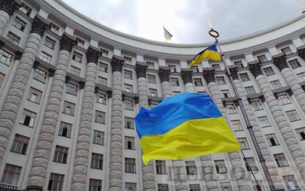 ЗМІ: Зовнішнє управління в Україні - загроза національній безпеці
