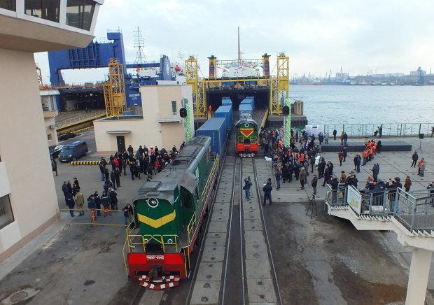 Чудовищная трагедия на Харьковщине: поезд перемолол украинца на части