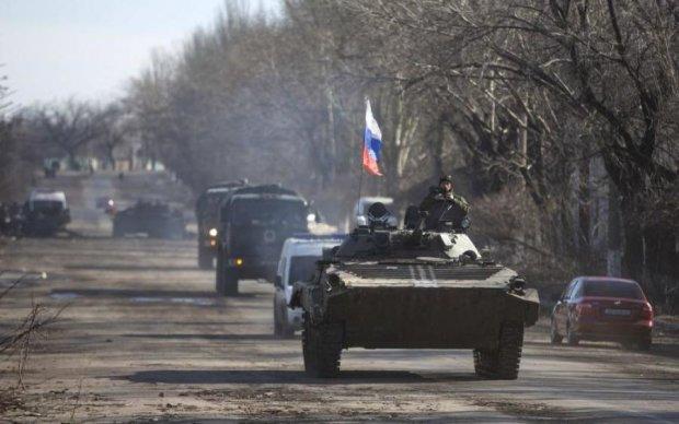 Везли, як худобу: сотні путінських вояк викинули на Донбас