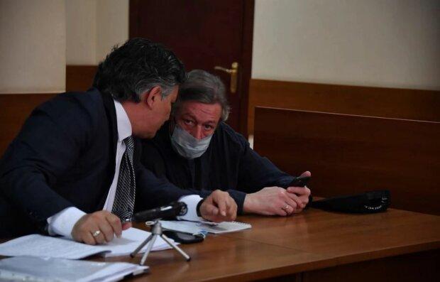Михаил Ефремов и адвокат, фото: КП