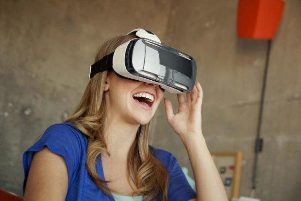 Виртуальная реальность сыграла с женщиной злую шутку: адский удар и нереальная боль